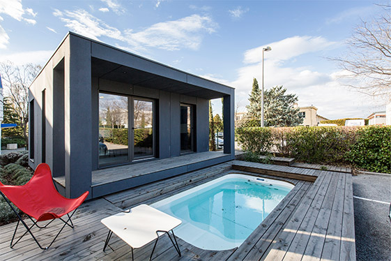pool house bois design 20m2 sans permis de construire wood design. Black Bedroom Furniture Sets. Home Design Ideas